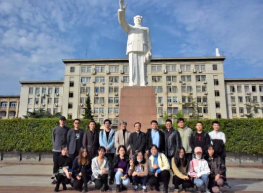 纵横天地应邀到华中科技大学进行专题讲座